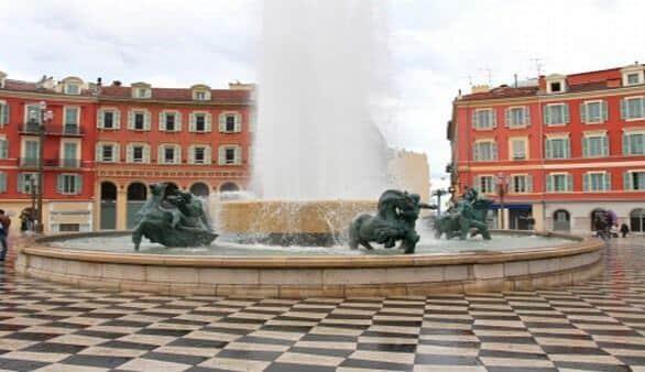 Plaza Massena